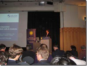 Dr. Kilper während seiner Präsentation