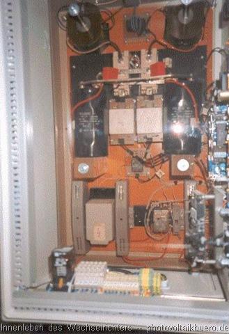 Blick ins Innenleben des selbstgebauten Wechselrichters