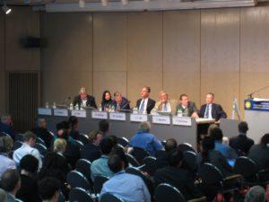 Podiumsdiskussion zur europäischen Energiepolitik während derPVSEC 2009