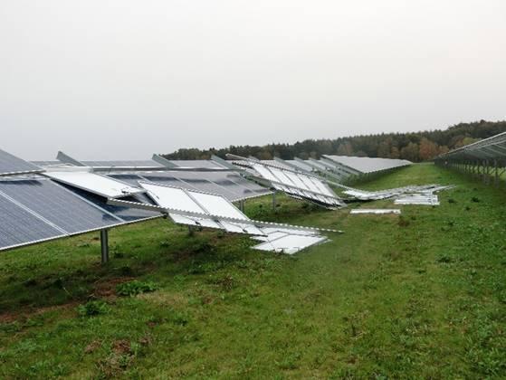 Sturmschaden an einer PV-Anlage (Quelle: Dr. Cedrik Zapfe)